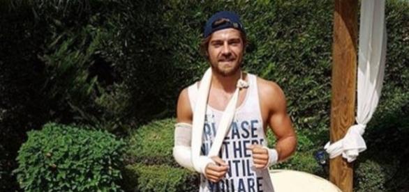 O actor da TVI está a recuperar de um acidente de mota