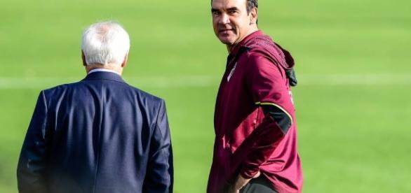 Ricardo Gomes discretamente fala sobre reforços no clube
