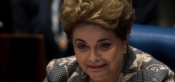 Dilma Rousseff durante seu depoimento no Senado Federal