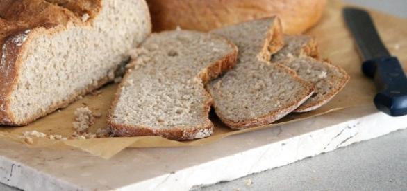Domowy - pyszny, pachnący chleb (pixabay)