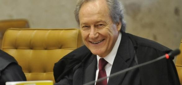 Ricardo Lewandowski, presidente do Senado