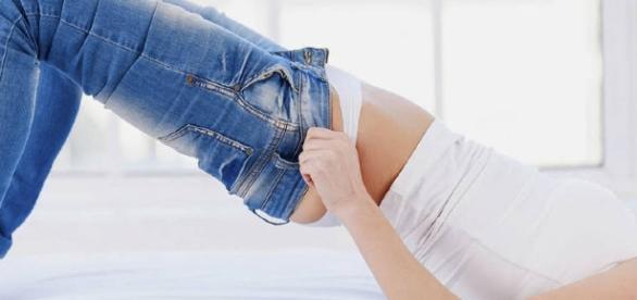 São vários os malefícios provocados pelo uso constante de jeans