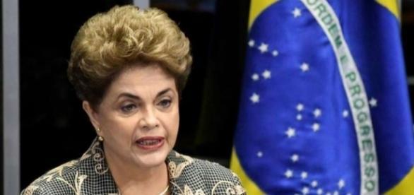 Votação do impeachment decidiu por perda do cargo de Dilma