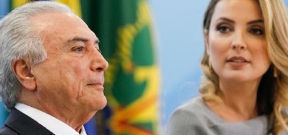 Michel e Marcela Temer em cerimônia no Palácio do Planalto