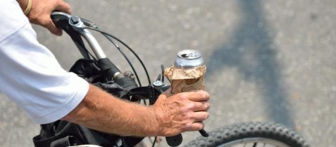 Będzie więcej mandatów za przejeżdżanie rowerem po pasach. Co planuje policja?