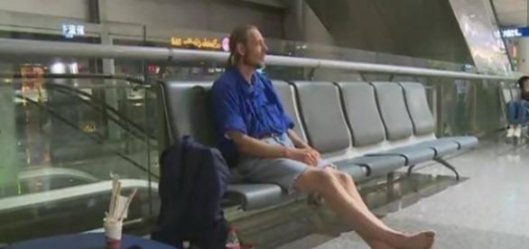 Holandês viaja 4.500 km para encontrar namorada virtual e leva 'toco'