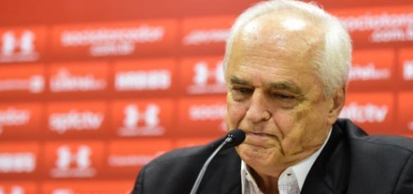 Leco definiu o nome do técnico para o próximo jogo