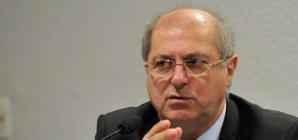 Paulo Bernardo é acusado de ter atuado como líder em esquema da Consist