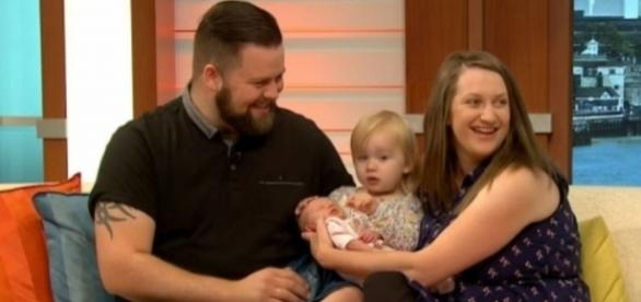 Quickest birth ever? Mum delivers own baby in SECONDS in the ... - thesun.co.uk