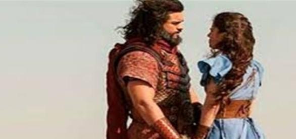 A Terra Prometida: Josué beija Aruna e a pede em casamento
