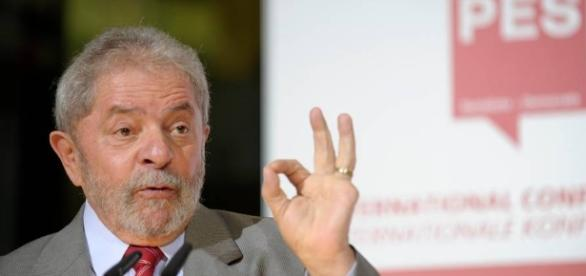 Ex-presidente da República, Luiz Inácio Lula da Silva, está envolvido em processos de corrupção investigados pela Operação Lava-Jato
