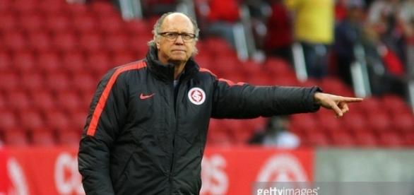 Paulo Roberto Falcão, ex-técnico do Internacional.