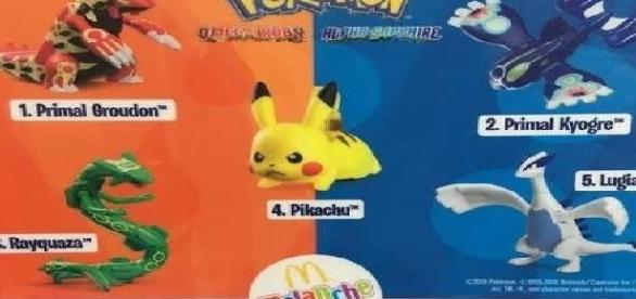 Brinquedos de Pokémon vendidos em fast food