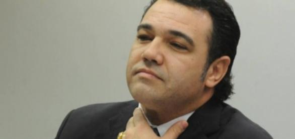 Jovem que acusa Feliciano de estupro revela ameaças