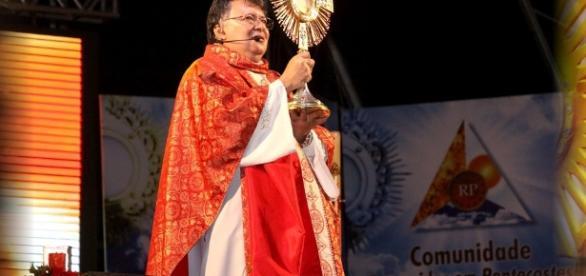 Padre Moacir Anastácio de Carvalho é alvo da Lava Jato