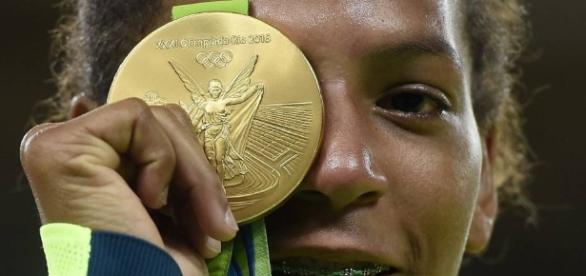 Rafaela Silva: Negra, pobre e Silva: o primeiro ouro da Rio 2016 é ... - elpais.com