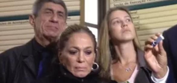 Susana Vieira faz manifestação a favor de Sérgio Moro
