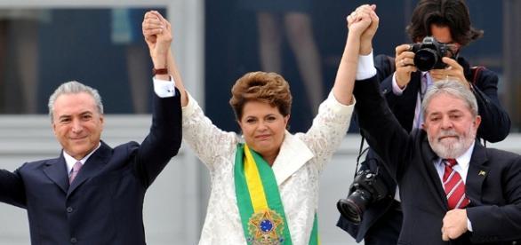 Dilma na posse em 2015 ao lado de Temer