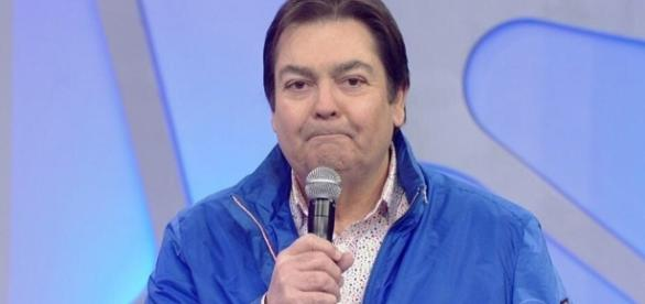 Driblando veto da Globo, Faustão dá entrevista ao SBT - TV Show - com.br
