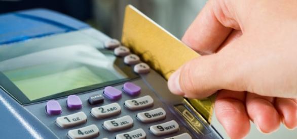 O número de usuários do cartão de crédito tem crescido exponencialmente ao longo dos anos