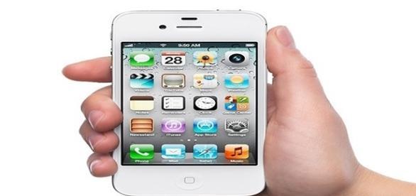 Os riscos de armazenar informações no celular.
