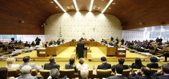 Supremo Tribunal Federal derruba vinculação horária à classificação indicativa.
