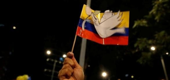 Povo decidirá em outubro o início da paz duradoura