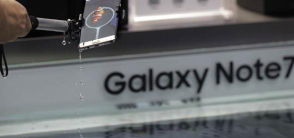 Report: Samsung to recall phones after explosion claims - AM 1420 ... - whkradio.com