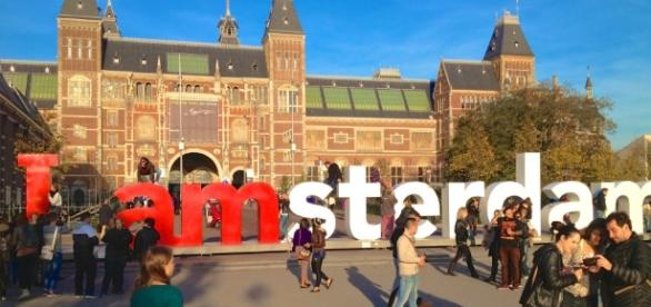 10 Must do's in Amsterdam | Pacific & ParkPacific & Park ...- pacificandpark.com