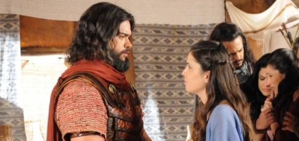 Confusa, Aruna colocará um ponto final no namoro com Josué