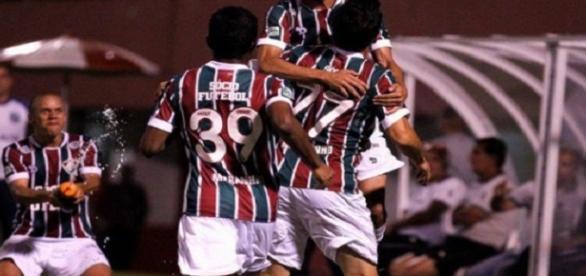 Flu quebra tabu de seis anos sem vencer o Atlético-MG e sobe no Brasileirão (Foto: Lancepress)