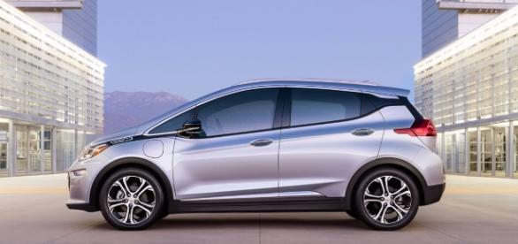 Chevy Bolt designer says GM ahead of Tesla - Tech Insider - techinsider.io