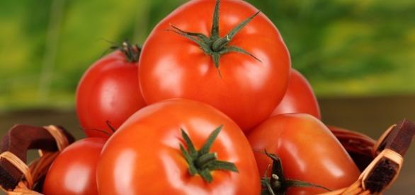 10 alimentos que você nunca deve guardar na geladeira | HypeScience - hypescience.com