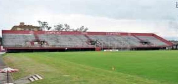 Arquibancadas do Giulite Coutinho, em Édson Passos, receberão grande público para Fluminense e Chapecoense (Foto: Arquivo)