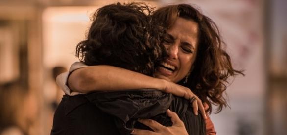 Camila e Domingos contracenavam em 'Velho Chico' (Foto: Reprodução/TV Globo)