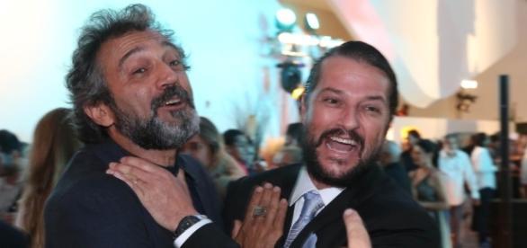 Domingos Montagner e Marcelo Serrado em festa de lançamento de Velho Chico