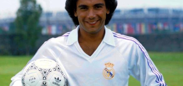 Hugo Sánchez, el mejor futbolista mexicano de todos los tiempos.