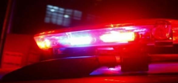 Jovens de apenas 16 e 18 anos trocam tiros com a polícia