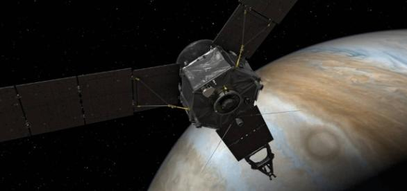 Juno Points Homeward (Artist's Concept) Image Credit: NASA/JPL-Caltech