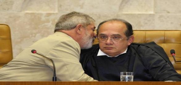 Lula, ao lado do ministro do STF, Gilmar Mendes