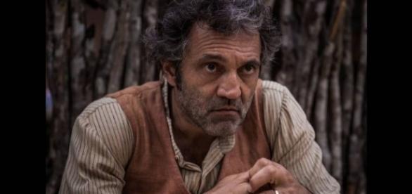 """O ator na novela 'Velho Chico"""", seu último papel"""