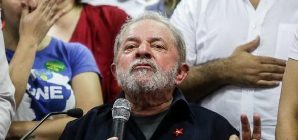 Declarações de Lula revoltaram concursados.