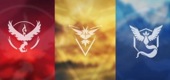 Imagen del símbolo de los tres pokémon legendarios