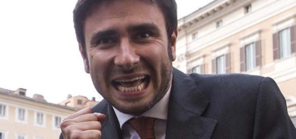 Alessandro Di Battista: Diciamo no al Referendum Costituzionale e alla Buona Scuola di Renzi