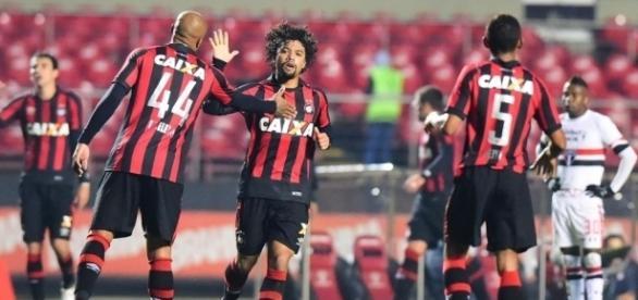 Atlético-PR x São Paulo: assista ao jogo ao vivo
