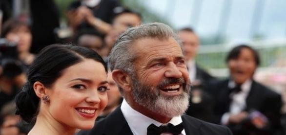 Casal fotografado em maio, no festival de cinema de Cannes (AP)