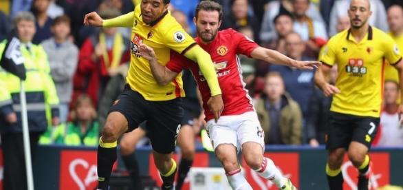 Watford surprend Manchester Utd