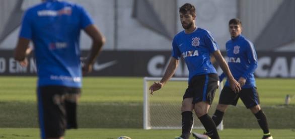 Corinthians deve treinar a linha de impedimento exaustivamente para voltar ao padrão de Tite