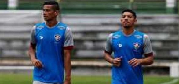 Cícero e Douglas treinam no Flu na véspera de encarar o Figueirense pelo Brasileirão (Foto: Mailson Santana/Divulgação FFC)
