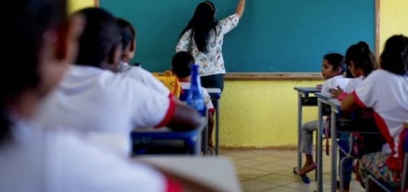Confira as 1.400 vagas para professor divulgadas pela Seduc